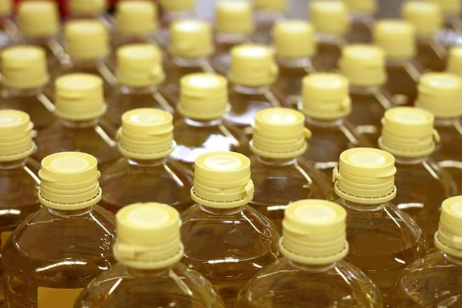 India's vegetable oil demand set to drop for first time in decades
