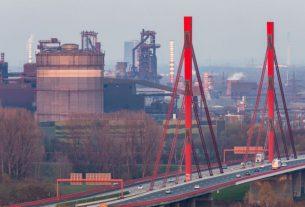 'Full fury' of coronavirus sends German business morale to record low