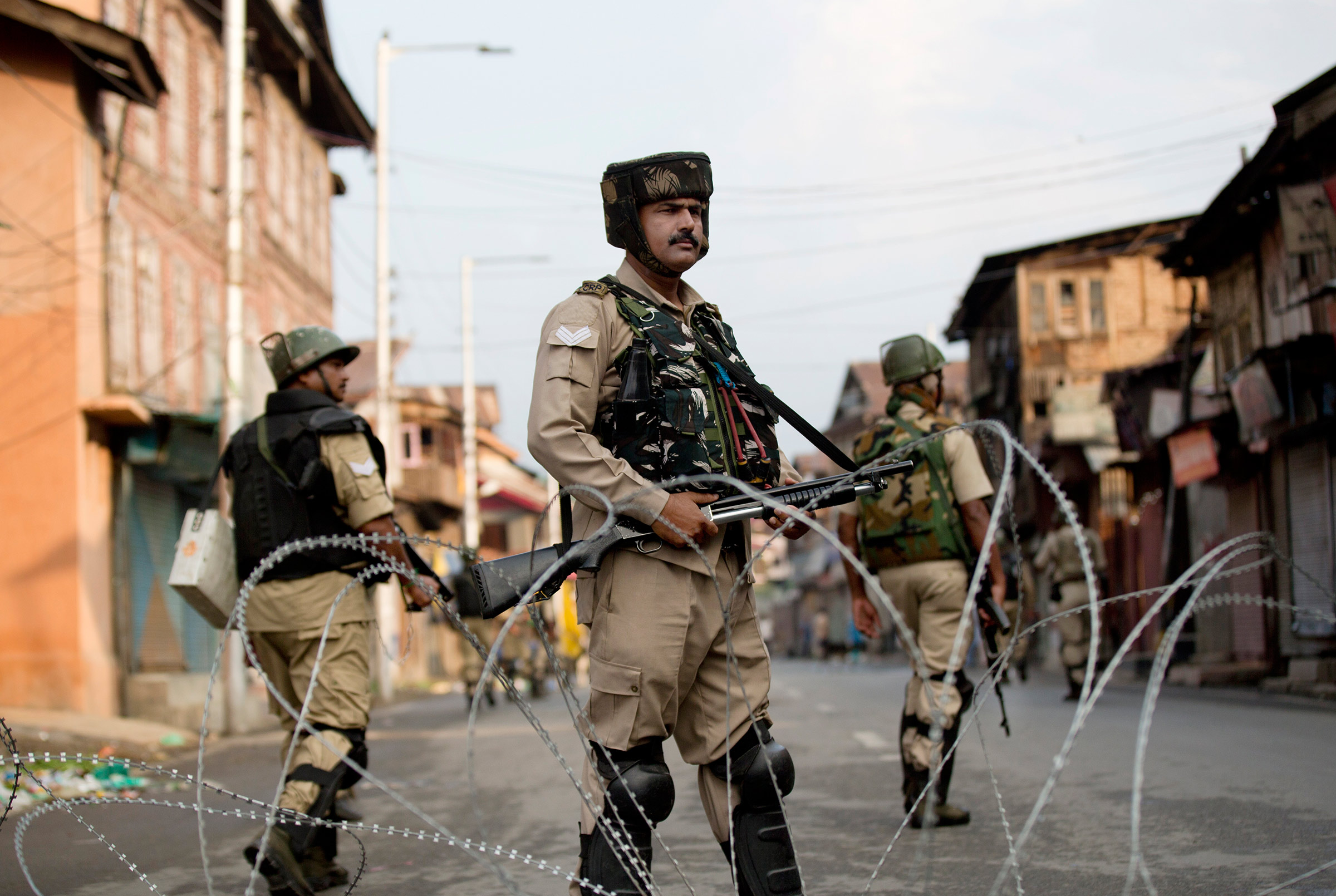 Police in Kashmir target journalists for alleged 'fake news'
